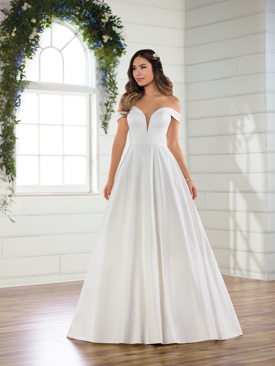Simple Satin Off The Shoulder Ballgown Kleinfeld Bridal In 2021 Essense Of Australia Wedding Dresses Essence Of Australia Wedding Dress Off Shoulder Ball Gown [ 1259 x 946 Pixel ]