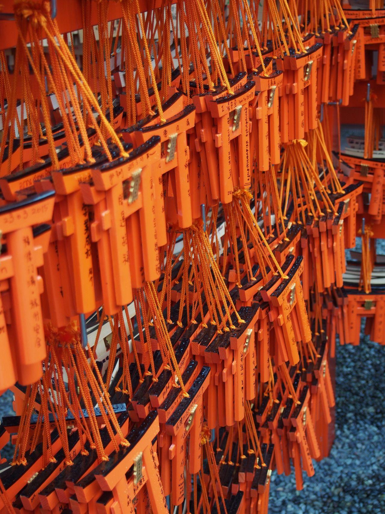 agirlinjapan:  Fushimi Inari in the rainKyoto, JapanMarch 2015