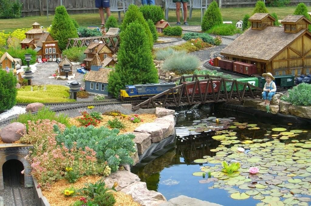 17 Best 1000 images about Garden railroad on Pinterest Gardens