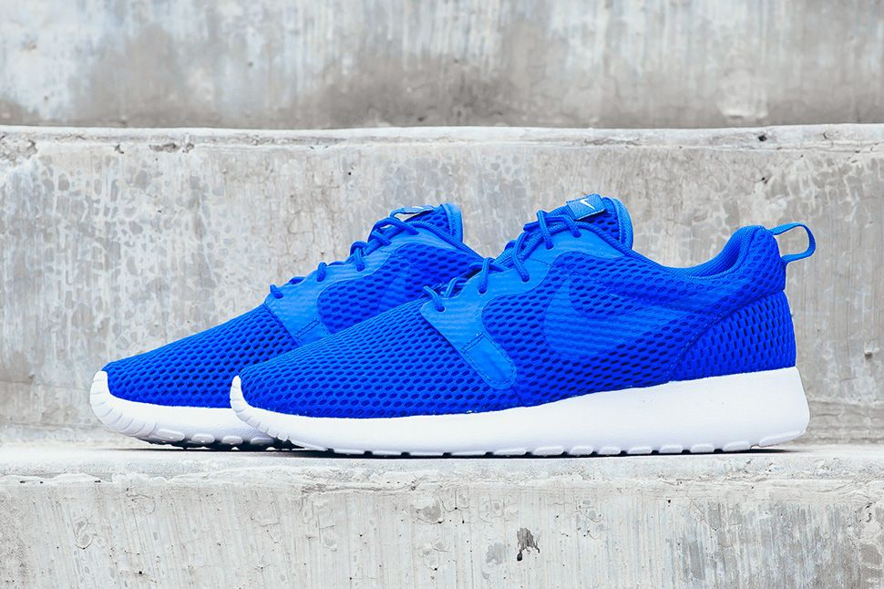 The Nike Roshe One HYP Breathe Racer Blue Is Ideal For The Summer