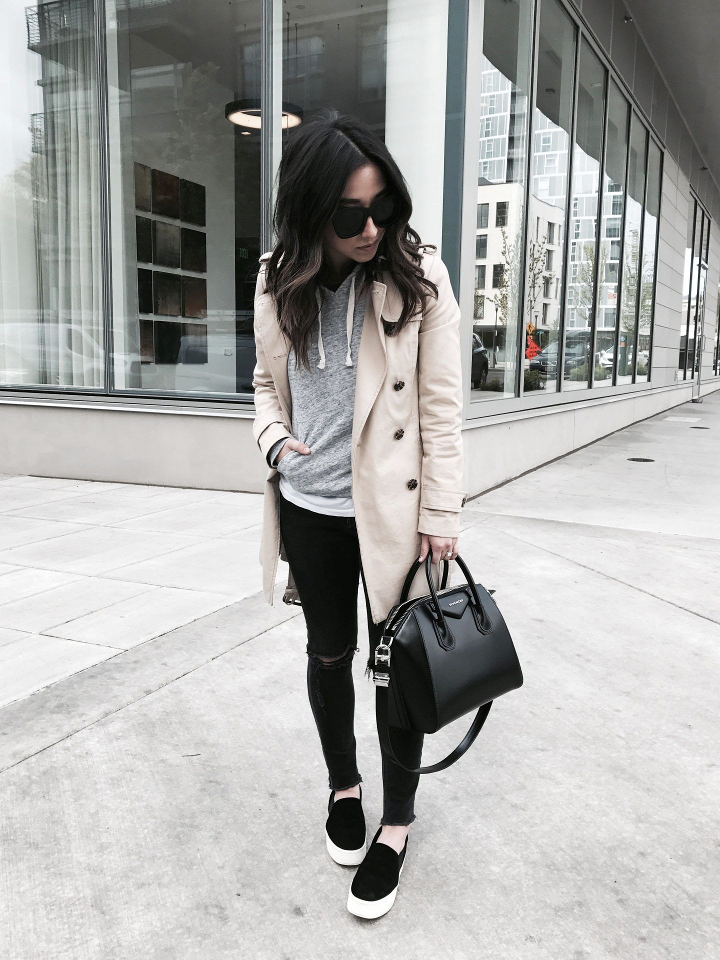9e99cd5fb How To Pull Off Athleisure Wear + 30 Outfit Ideas | Fashion ...