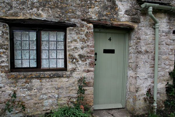 National trust green - the new colour for my front door - love & 6a00d8341bf77f53ef01348580f7c2970c-800wi (600×400) | Decor ideas ...