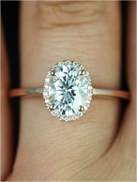 Gorgeous Simple And Minimalist Engagement Ring You Want To https://bridalore.com/2017/12/15/simple-and-minimalist-engagement-ring-you-want-to/