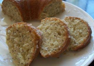 Poppyseed pound cake