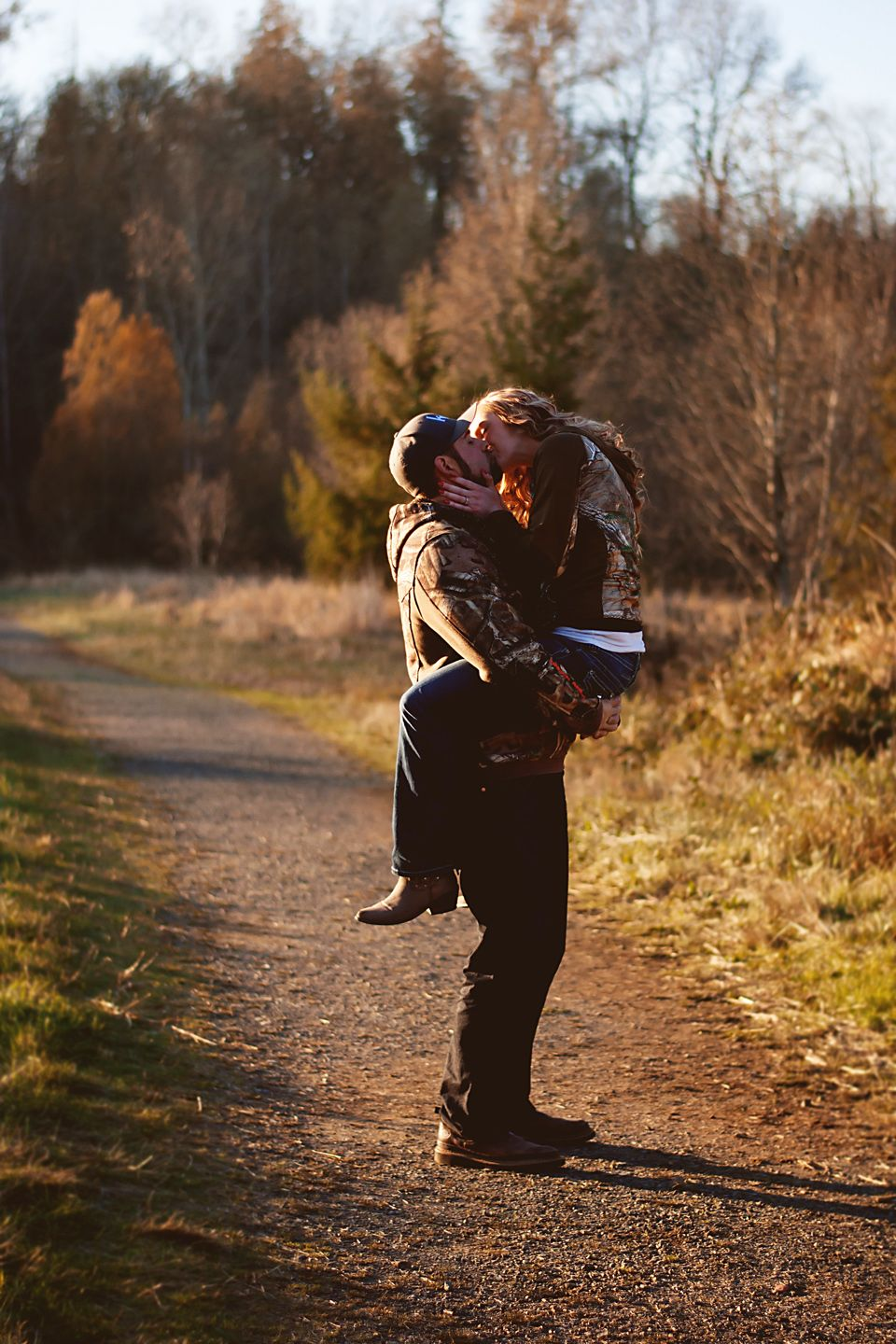 Fall engagement/save the date pictures. Country couple in ...