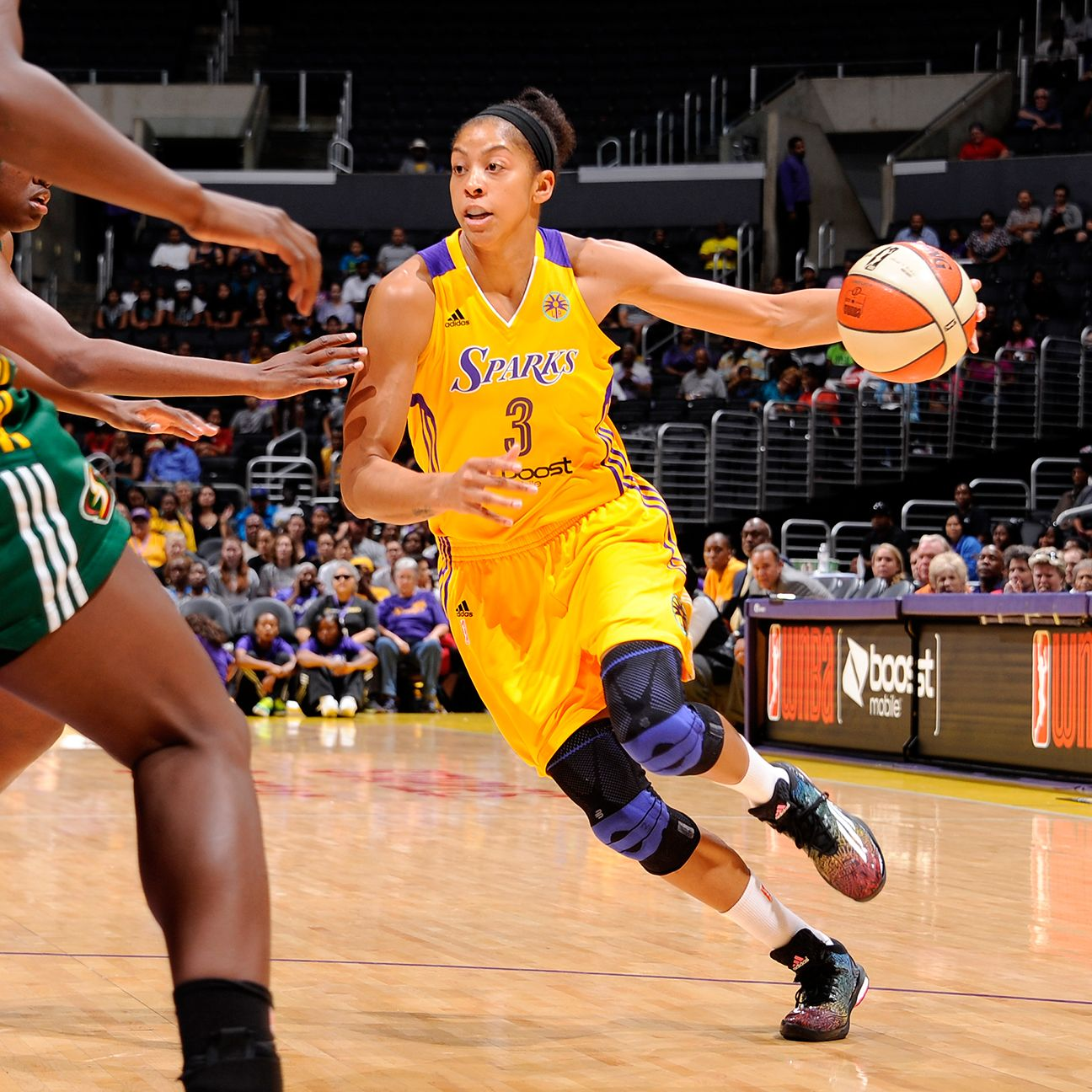 Parker Refreshed To Return To Sparks On July 29 Candace Parker Basketball Girls Womens Basketball