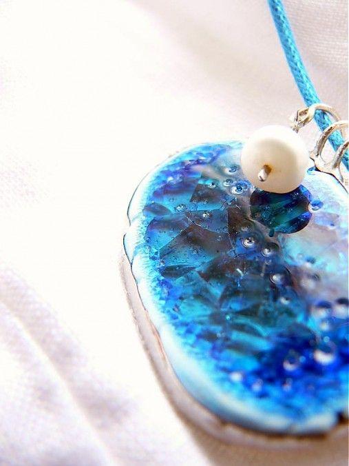 _innacreo_ / _keď prší nad jazerom_  porcelain necklace