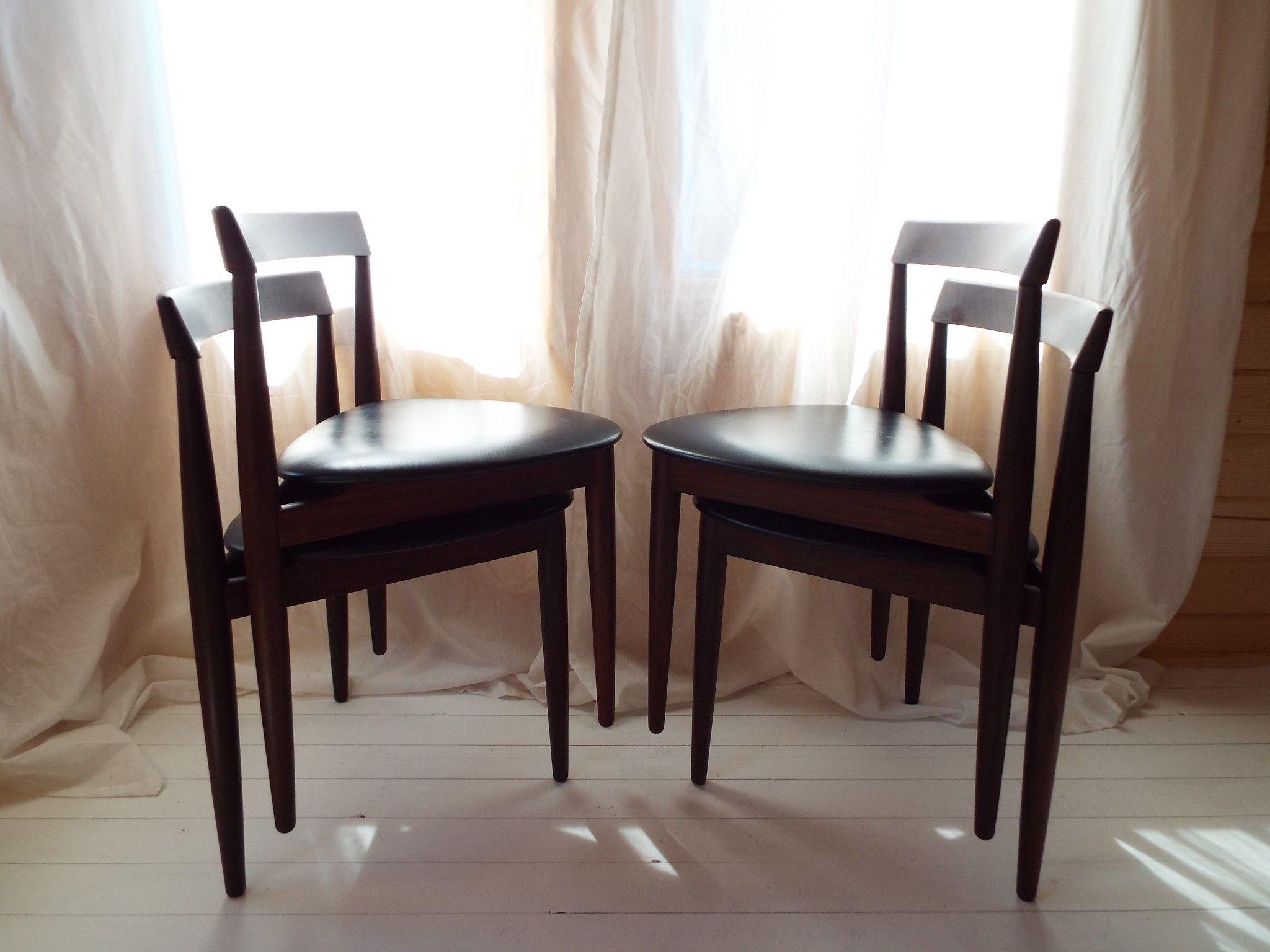Hans Olsen For Frem Rojle Roundette Extending Dining Table And Four