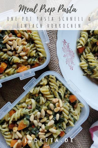 #inunter20 - Winterliche One Pot Pasta mit Grünkohl, Möhren und Pinienkernen