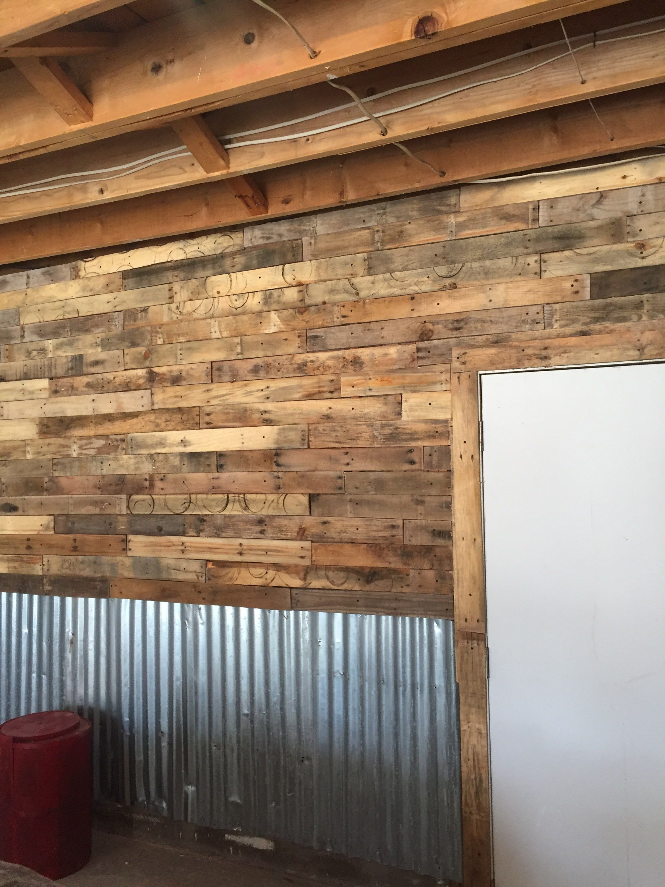 Garage Wall Made With Pallet Wood And Tin Garage Walls Tin