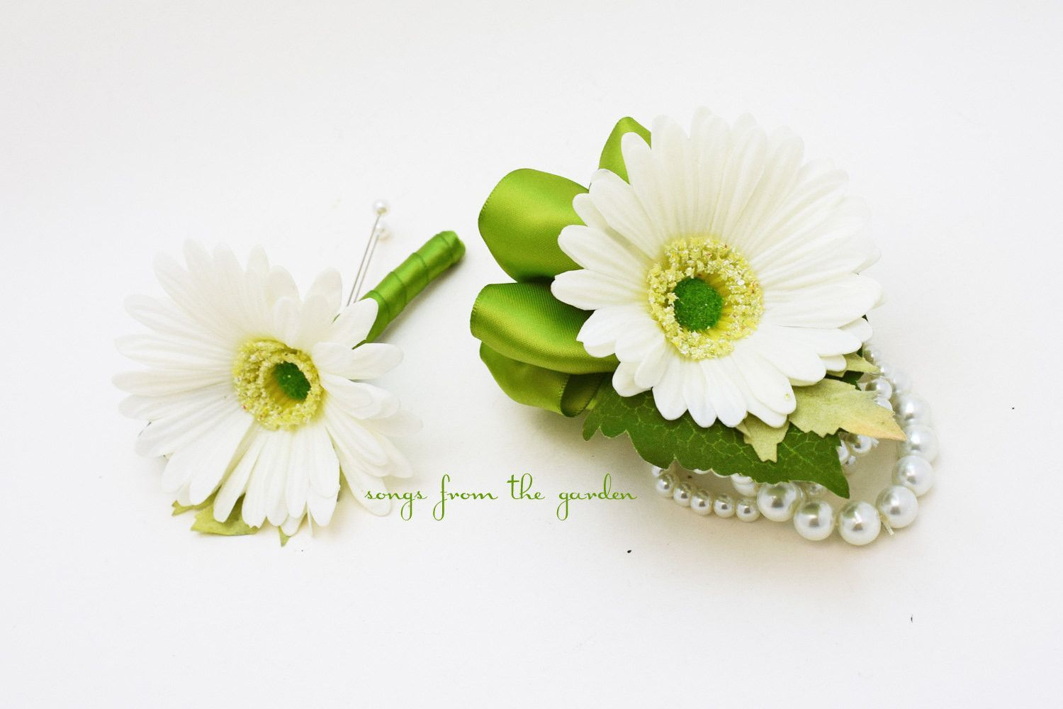 Gerber Daisy Boutonniere Corsage Wedding Flower Package with Rustic Wedding Boutonniere and Corsage