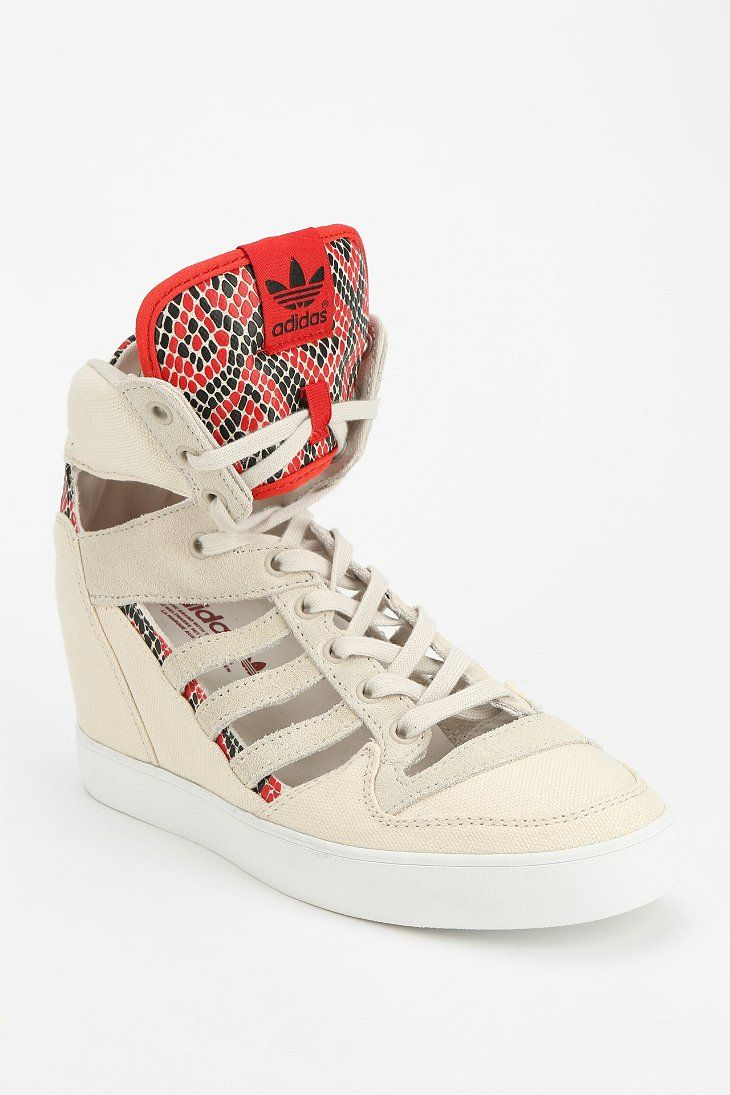 Adidas Originals m actitud cutout High Top zapatilla / / oxfords