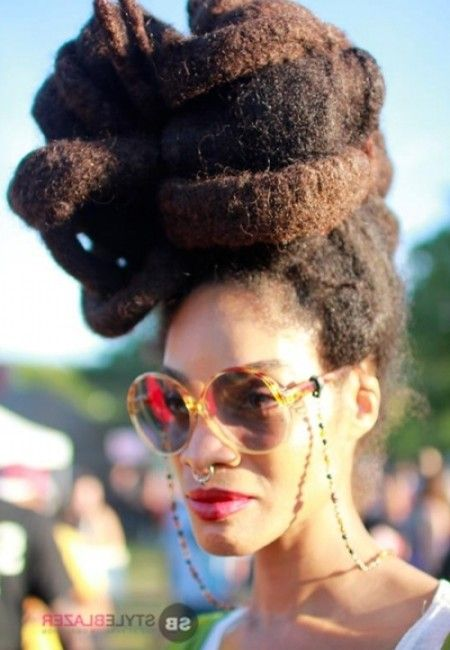 schwarz frauen hairstyle 10 nat rliche haar sch nheiten am 2013 afropunk festival in afro punk. Black Bedroom Furniture Sets. Home Design Ideas