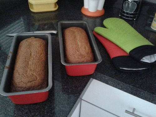 This is the best banana bread in existence! Ingredients: 3  Mein Blog: Alles rund um Genuss & Geschmack  Kochen Backen Braten Vorspeisen Mains & Desserts!