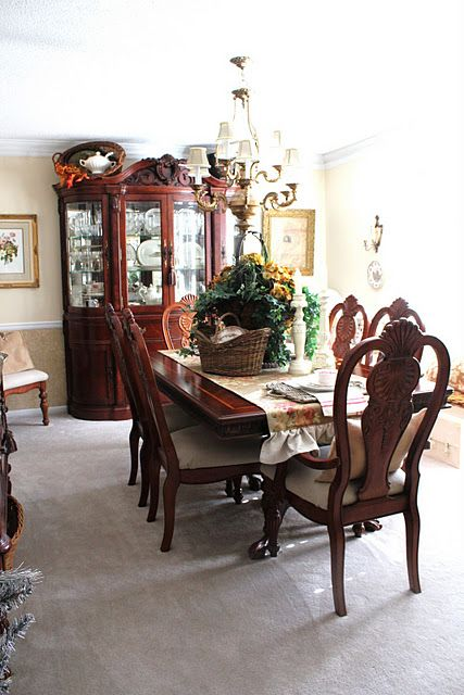 love the arrangement above the china cabinet