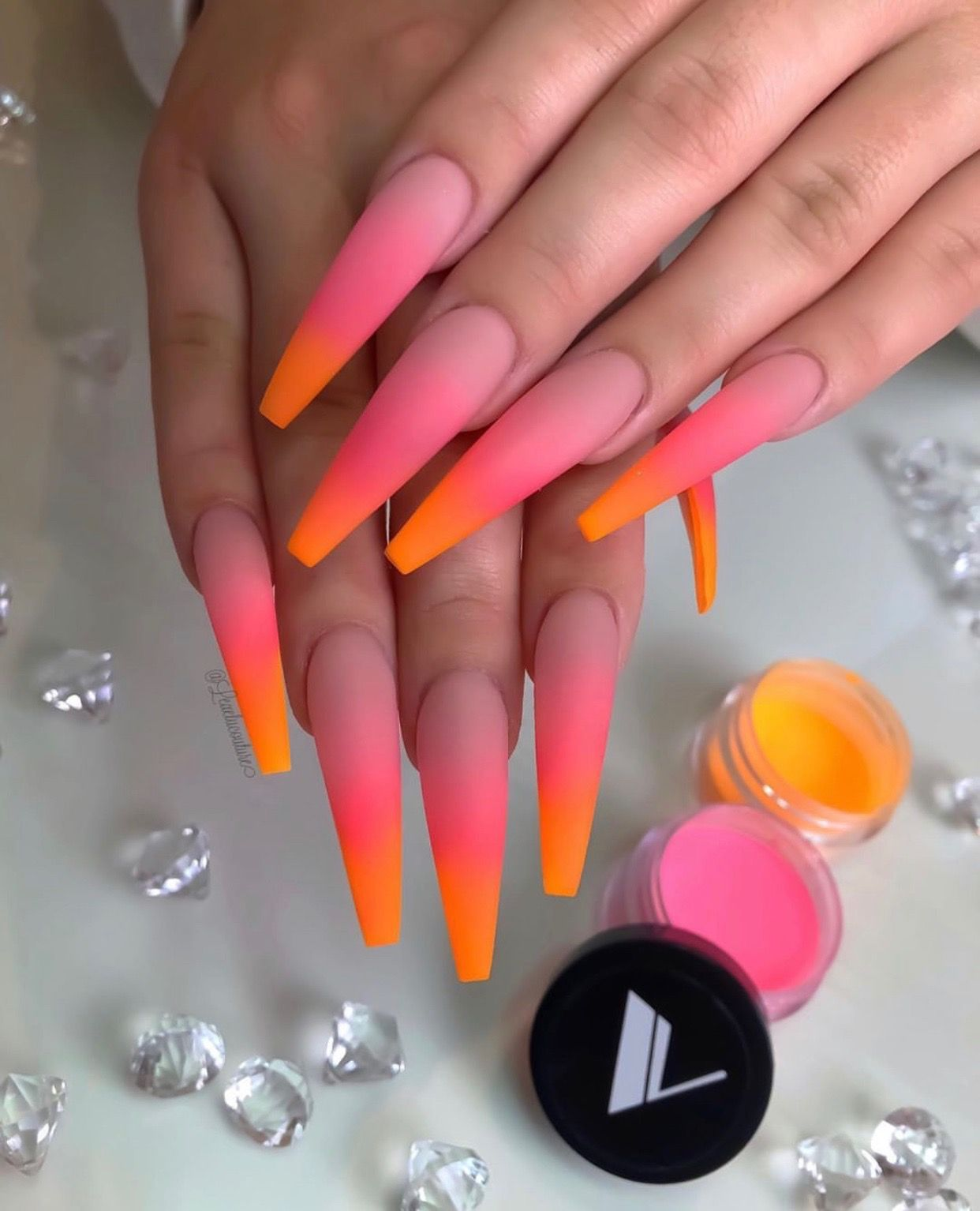Pin By Filtermint Snapchat Filters On Summer Manicure Ombre Acrylic Nails Long Acrylic Nails Acrylic Nails