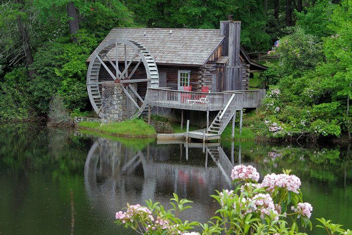 Top 15 scenic drives near asheville in the blue ridge for Biltmore cabins asheville nc