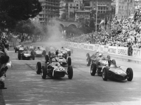 Start Of 1961 Monaco Grand Prix Stirling Moss In Car 20 Lotus 18 Who Won The Race Photographic Print Allposters Com Monaco Grand Prix Grand Prix Racing