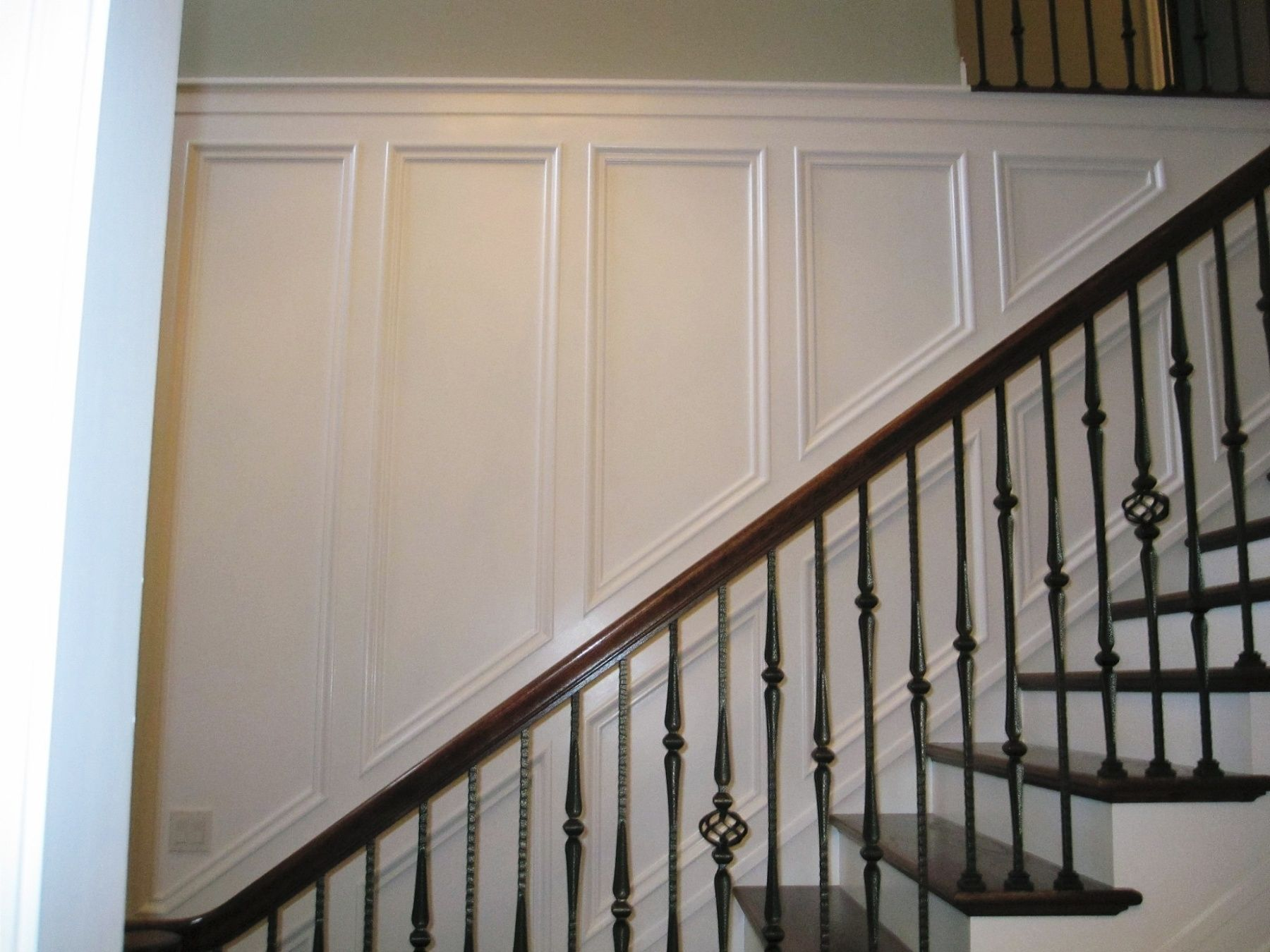 Wall Panelling With Chair Rail And Upper Section Feet Tall)