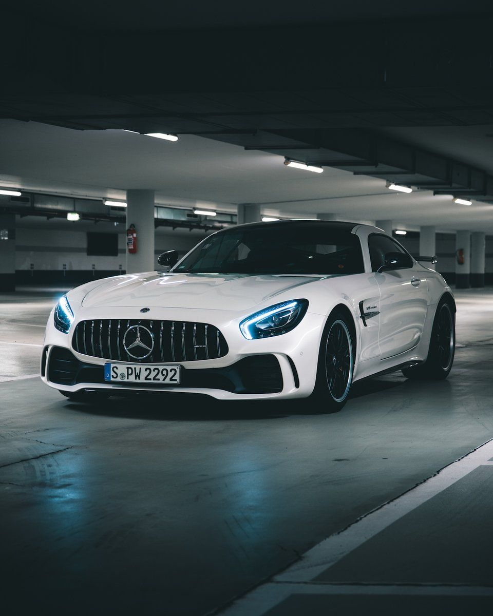 The Ultimate Driving Experience Mercedes Amg Gt R