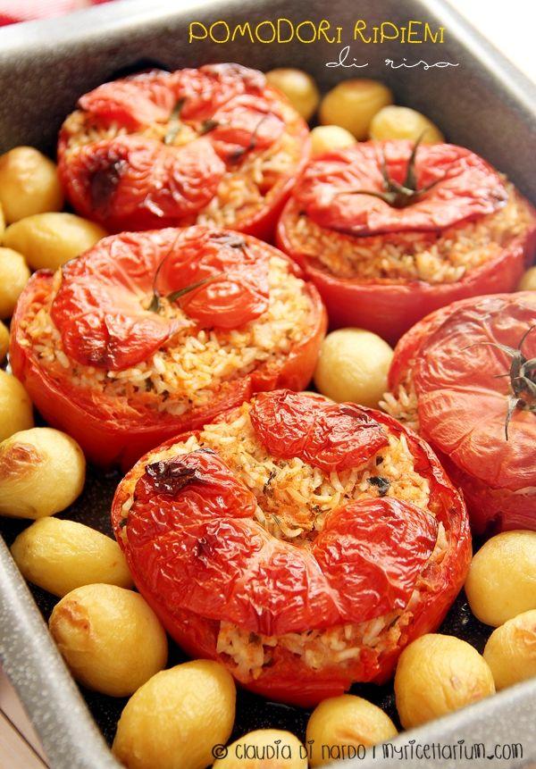 Pomodori ripieni di riso ricetta romana side with a view for Antipasti cucina romana