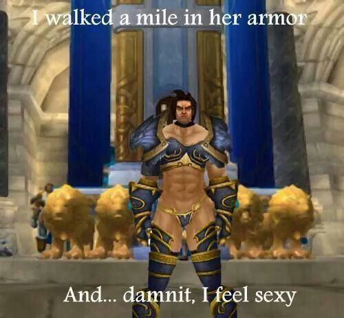 LOL King in Stormwind outfit    l feel Sexy | World of
