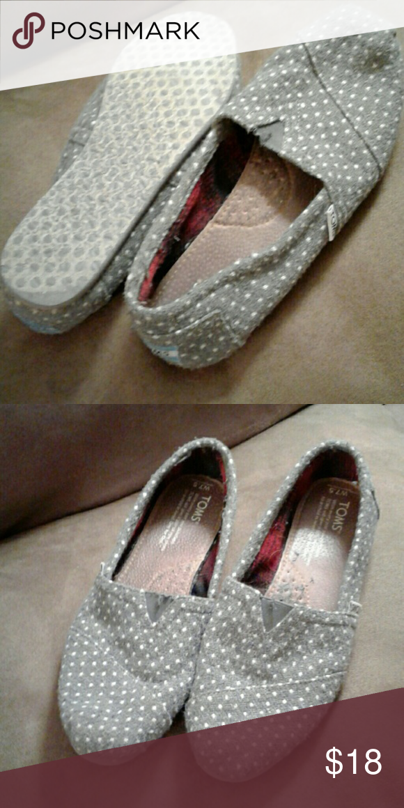 Tom's Shoes Sz. 7.5.  Gently worn. Gray polka dot. TOMS Shoes Flats & Loafers