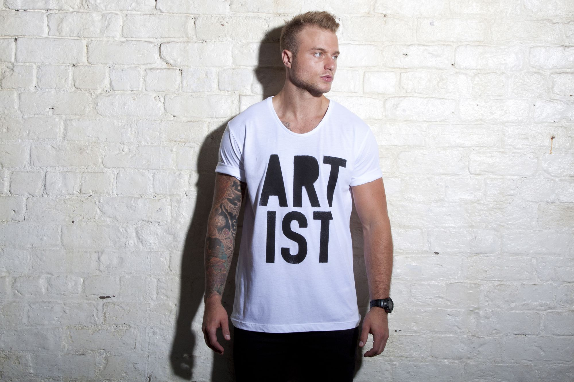 Artist Scoop Neck T-shirt http://www.wastedheroes-shop.com/product/artist-scoop-tee