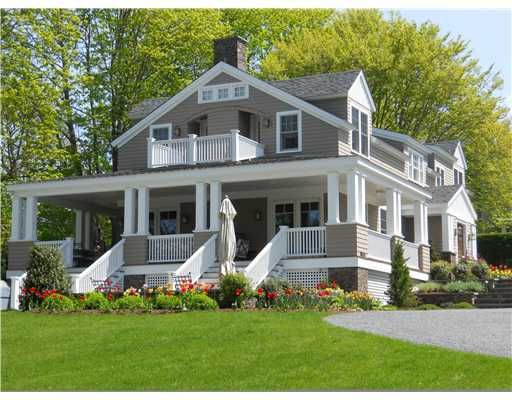 2 Halidon Terrace Newport Ri I Absolutely Love Everything About This House Not Only Is It Adorable But I Would Live Pretty House Sale House House Exterior
