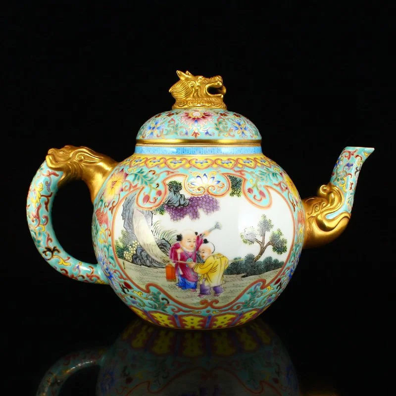 Chinese Gilt Gold Famille Rose Porcelain Teapot W Qianlong Mark Figural Decoration With Gilt Dog S Head Finial Or I Think It Is A Dog Tea Pots Porcelain Teapots Unique