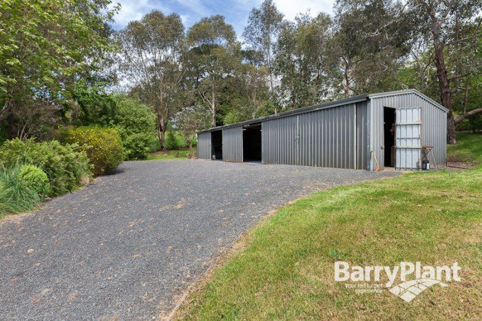 MACCLESFIELD - VIC $990,000 Plus   Immaculate Residence With Views Forever  You can't put a price on views but the feeling of relaxation you get from