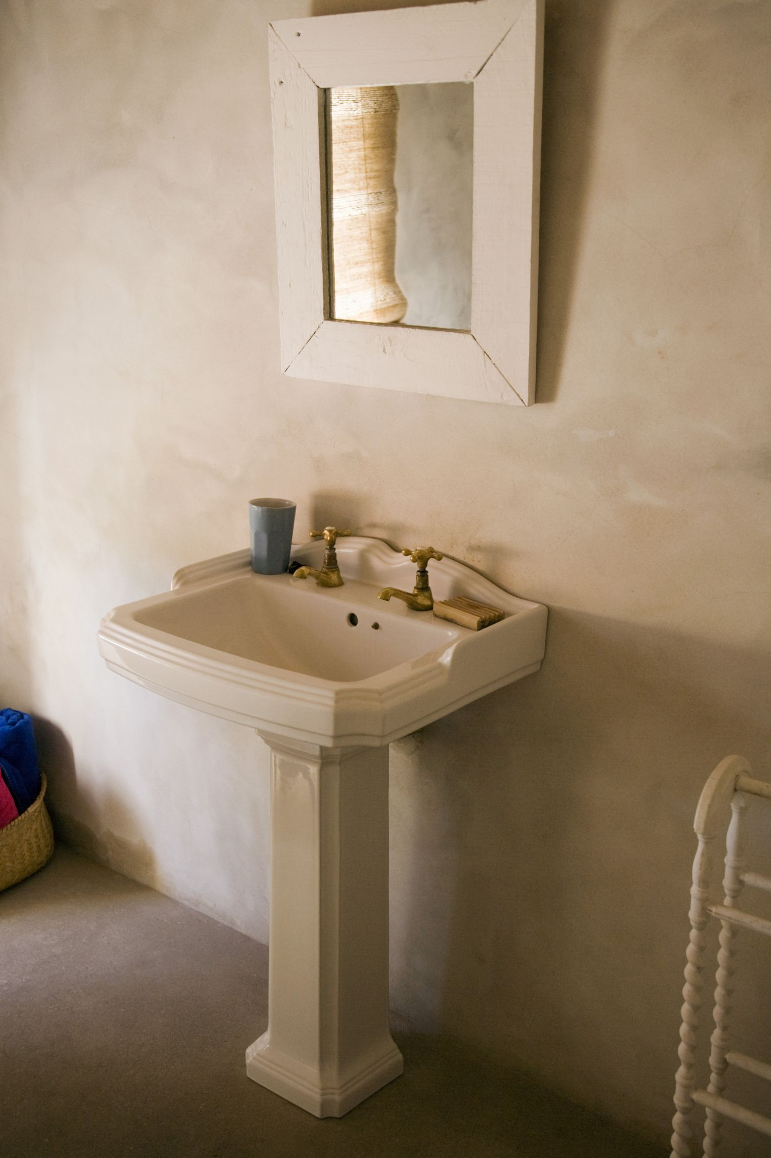 How To Build A Vanity Around A Pedestal Sink Pedestal Sink
