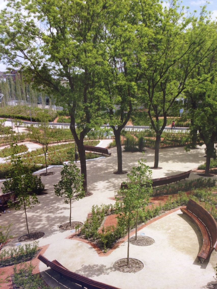 Madrid Rio Spain Landscape Architecture Now Book Urban Landscape Design Landscape Design Landscape Engineer
