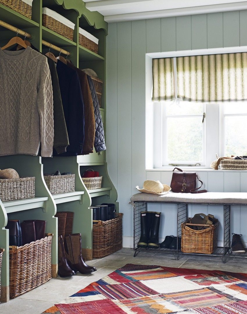 This bespoke storage unit is a great way of customising