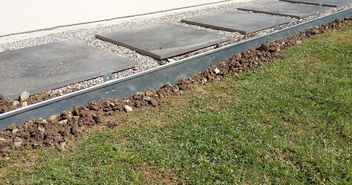 Poser Des Bordures Metalliques Construction Terrasse Bois Pavage De Jardin Jardin De Parpaings