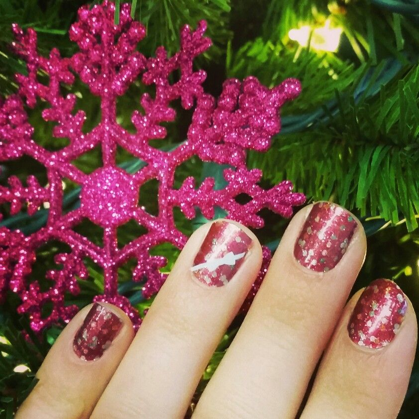 My First Holiday Jamicure! From The Jamberry Holiday Gift Set Joyful Laughter And Joyful ...
