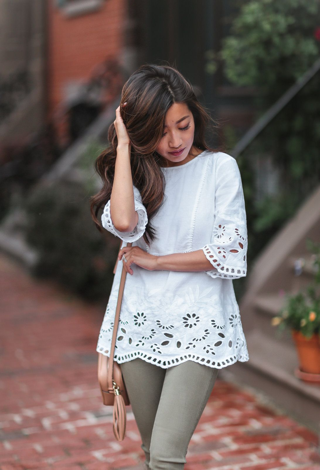 47ca60a58a7 white linen tunic + olive jeans summer outfit    dark brown balayage hair  highlights