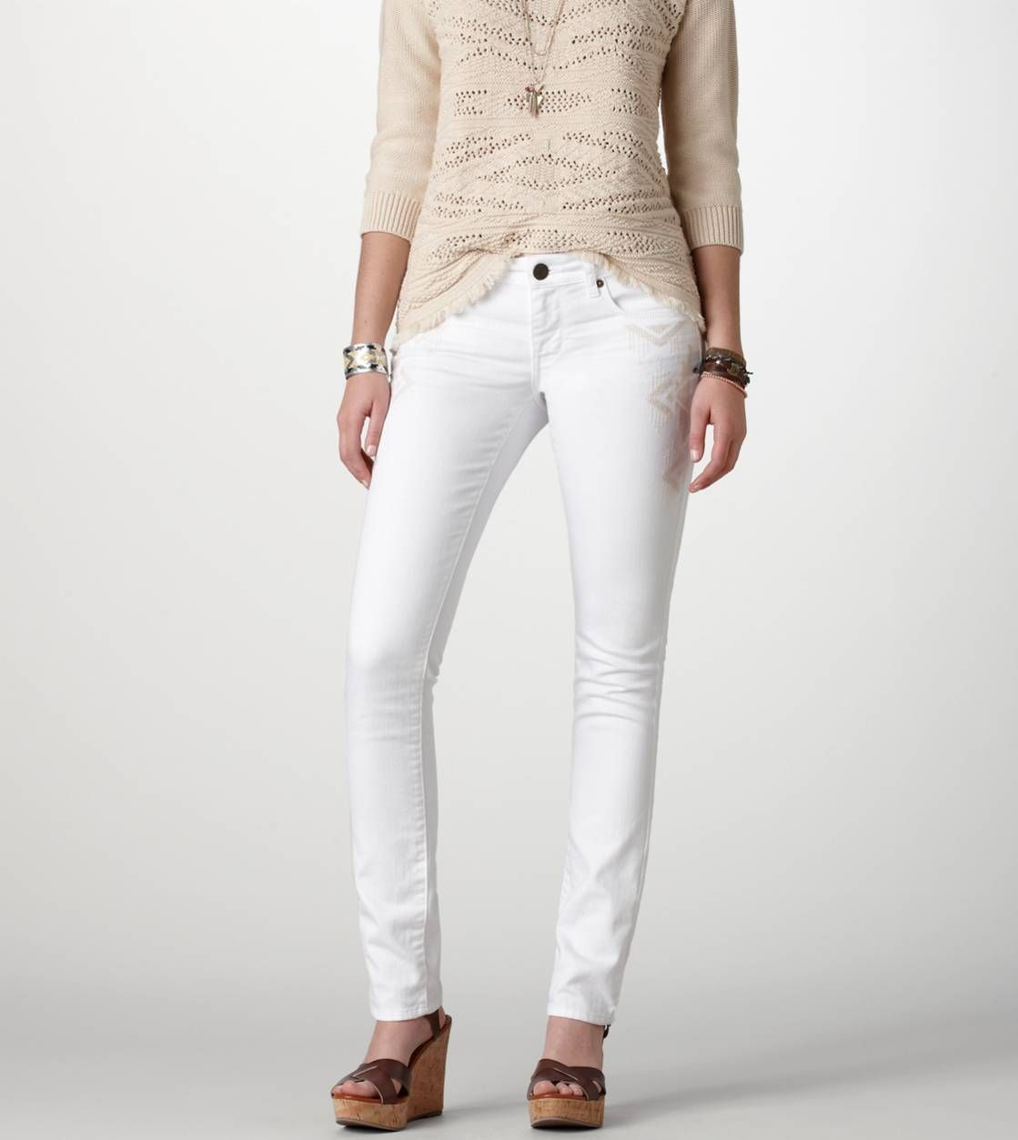 White Skinny Jeans / American Eagle Outfitters Size 2 or waist 25 ...