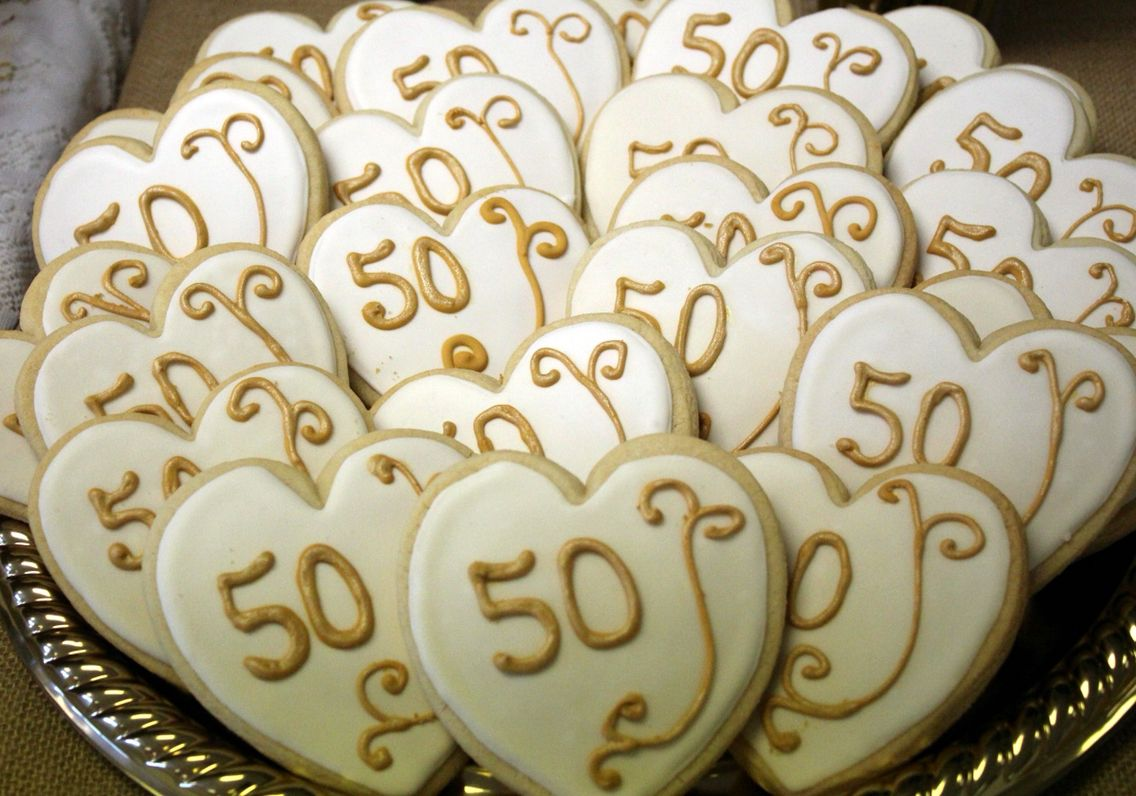 50th Anniversary, cookies, gold & white …   Pinteres…