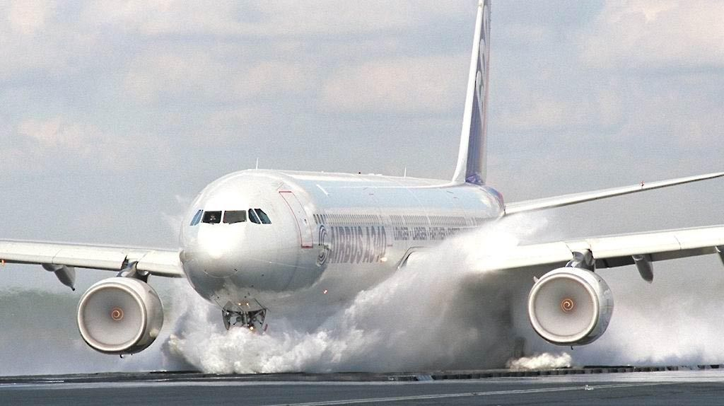 Airbus A340-600 During Wet Landing Test