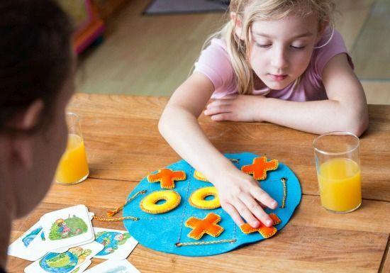 Sticke dir dein eigenes 3-Gewinnt-Spiel und spiele es zusammen mit - design des projekts kinder zusammen