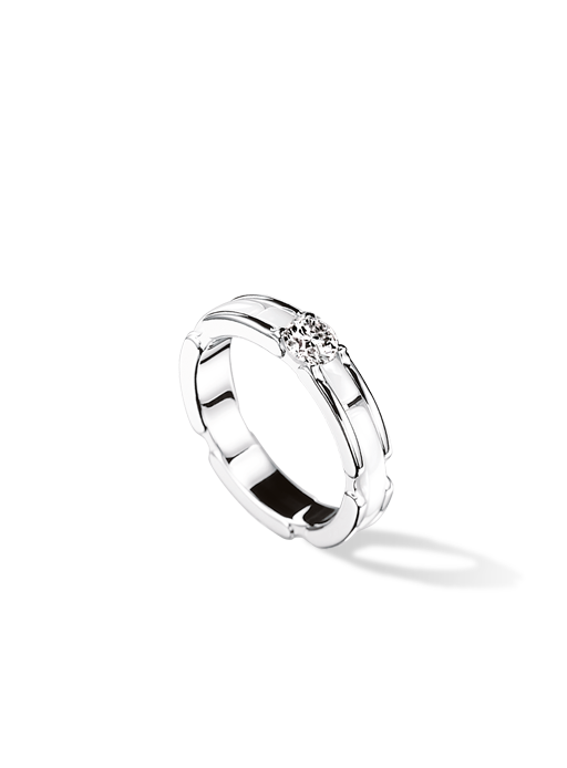 Chanel Ultra Ring in 18K white gold white ceramic and diamond