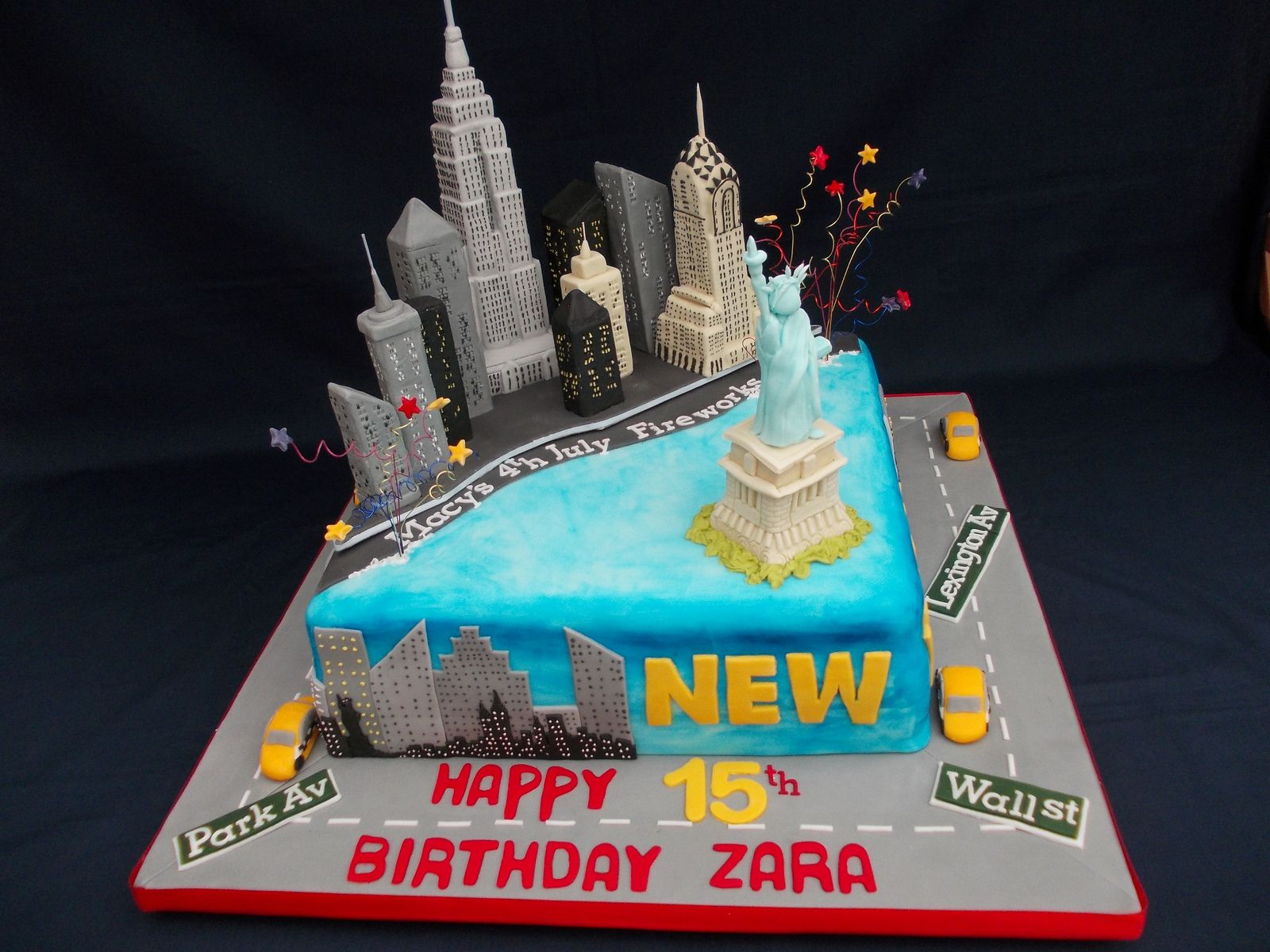 New York Cake With Empire State Building Crysler Tower Statue Of