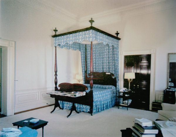 Jfk S Bedroom In 1962 With The Four Poster Bed Used By Other Presidents Looking Northeast Kennedy Library