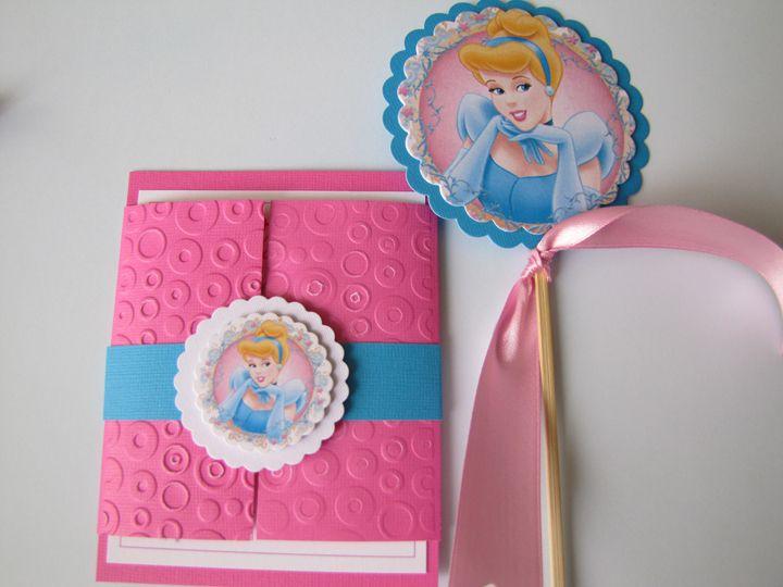 Invitaciónes De Princesas En Foami Para Cumpleaños Imagui