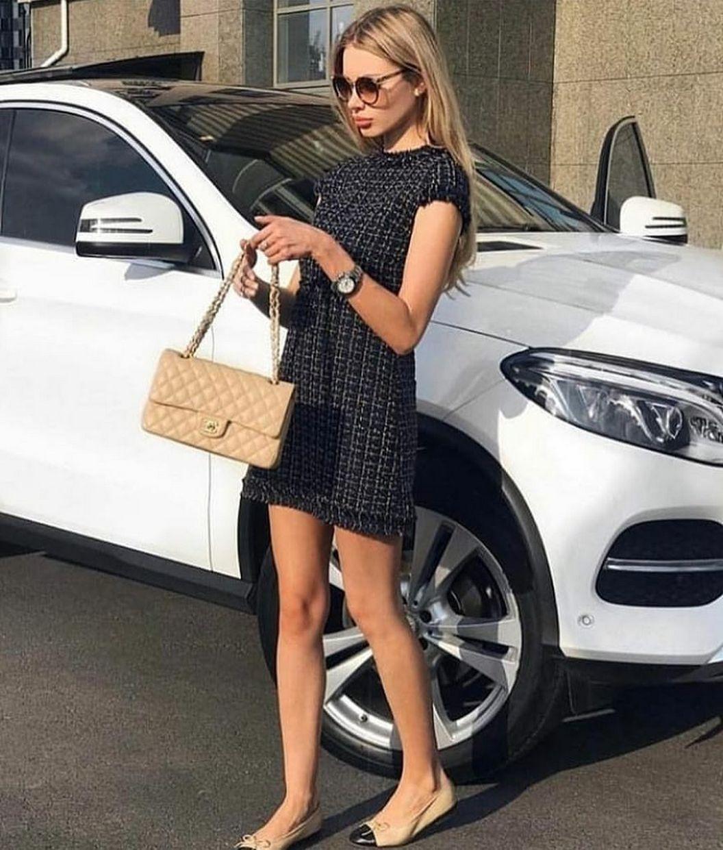 The stylish inspo of the newest women. #womensfashionstyle #summerwomensfashion
