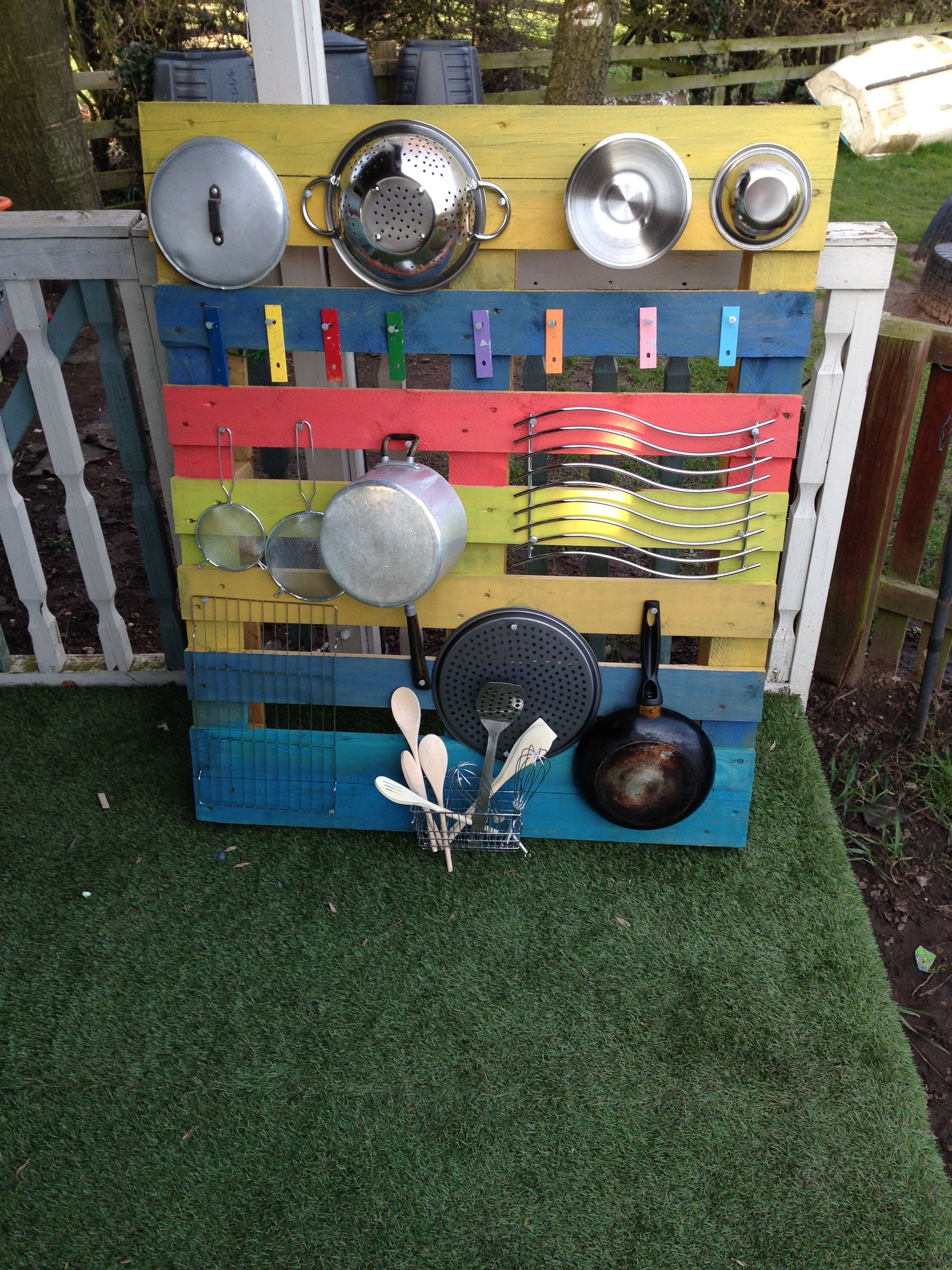 Eyfs earlyyears music musicwall wall pallet upcycle for Early house music