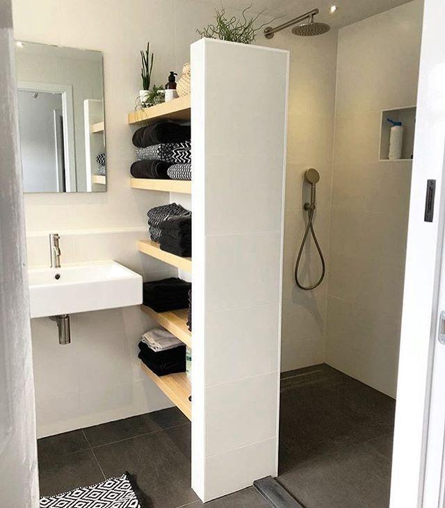 """Loving House_Loving Home � on Instagram: """"*inspiration salle d'eau parentale* Sur le mur en face de la vasque, il y aura la douche. Le bac sera de 90*120 cm (standard). Nous…"""""""
