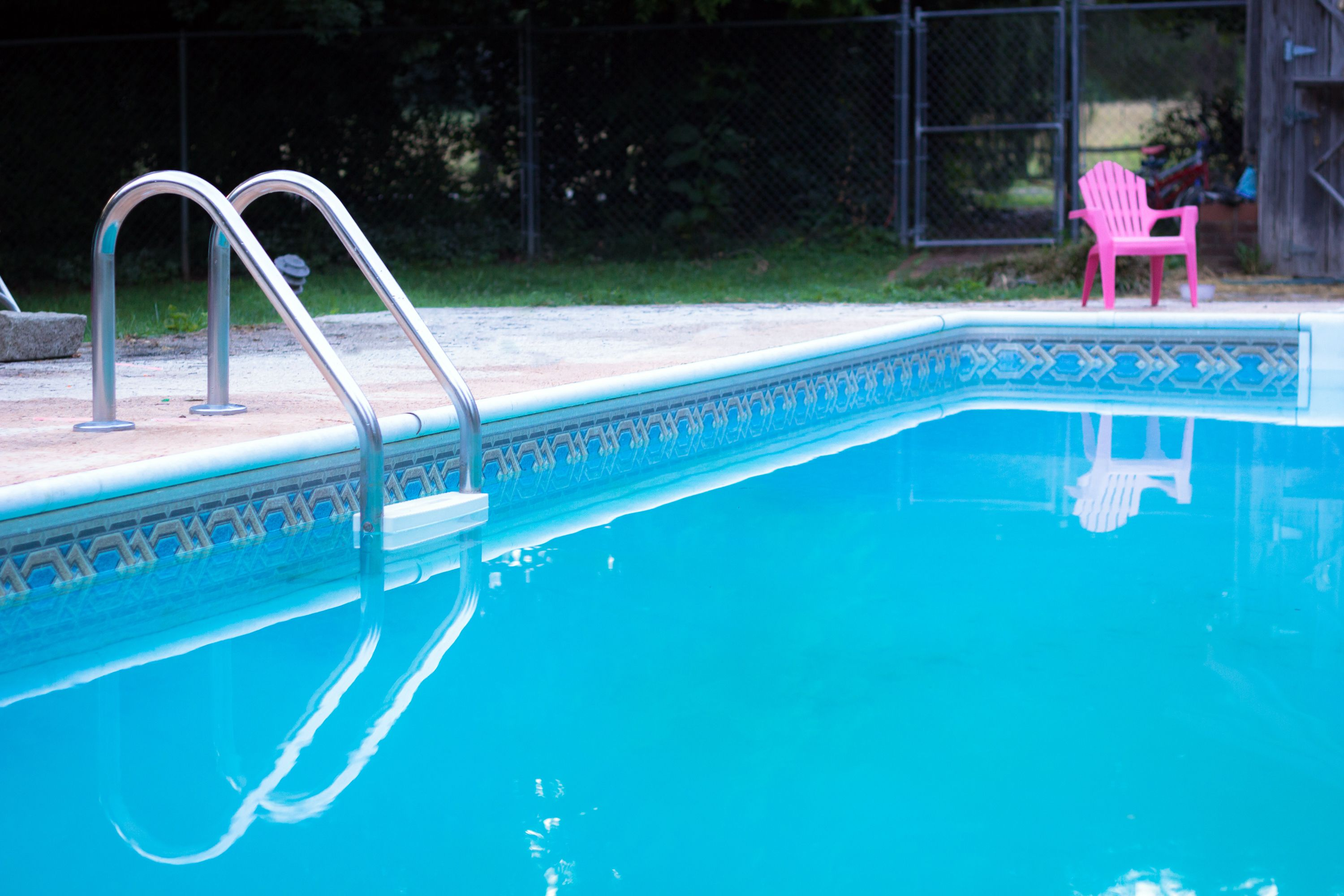 How to raise calcium hardness in a swimming pool hunker