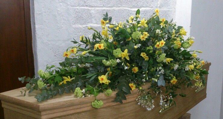 Spring Casket Spray Daffodils Narcussi Viburnum Funeral Flowers Funeral Flower Arrangements Sympathy Flowers